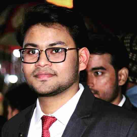 Dr. Akshat Bajpai's profile on Curofy