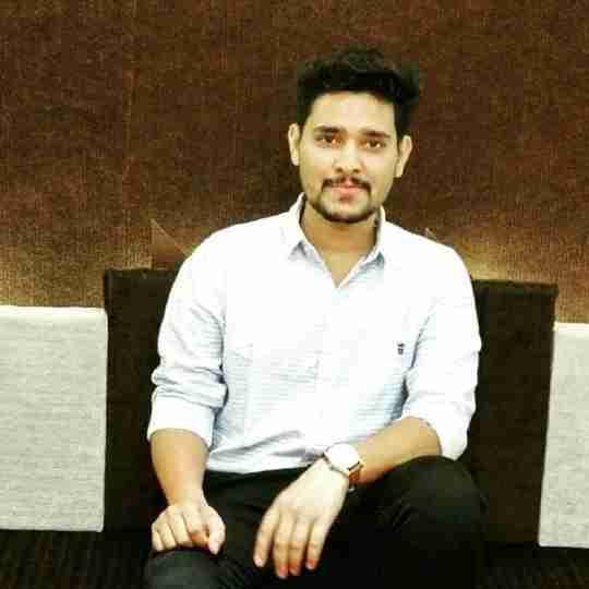 Dr. Aditya Chavda's profile on Curofy