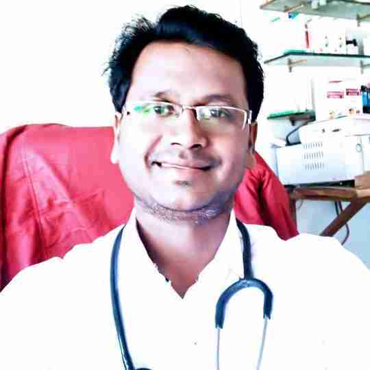 Dr. Dhananjay Rajguru's profile on Curofy