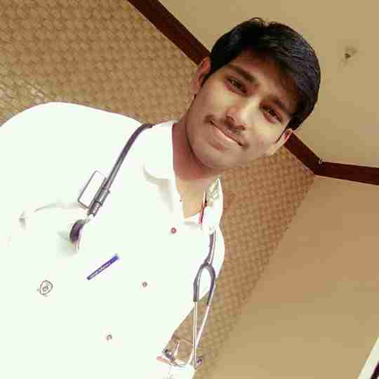 Dr. Parlakoti Akshay Kumar's profile on Curofy