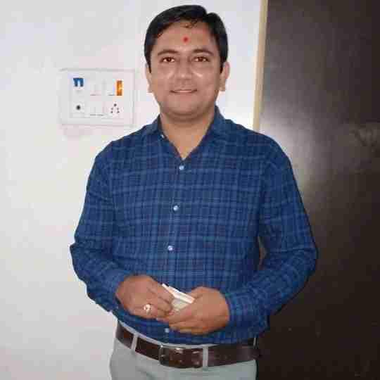 Dr. Vijay Amipara's profile on Curofy