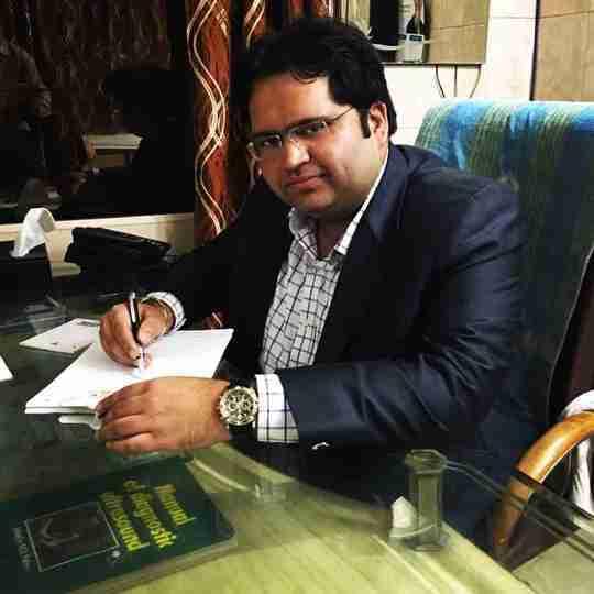 Dr. Rahul Malik's profile on Curofy