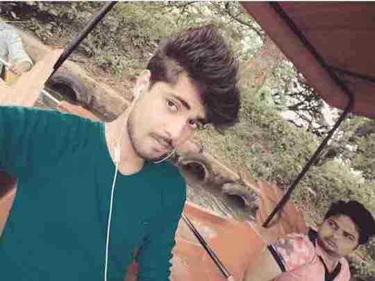 Dishant Yadav's profile on Curofy