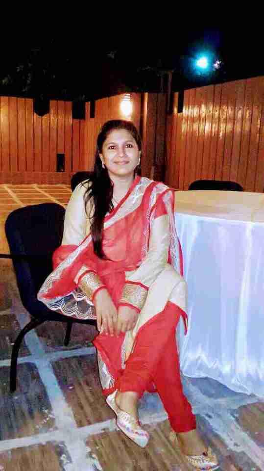 Dr. Shabana Azad's profile on Curofy