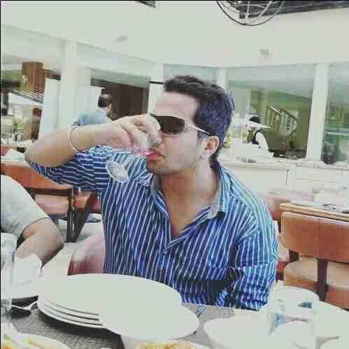 Dr. Simran Aujla's profile on Curofy