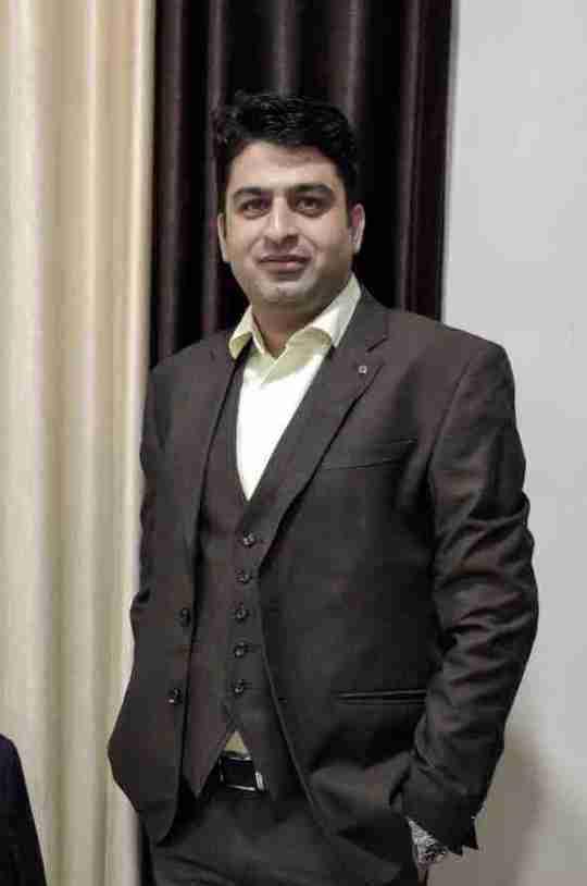 Dr. Hitesh Chawla's profile on Curofy