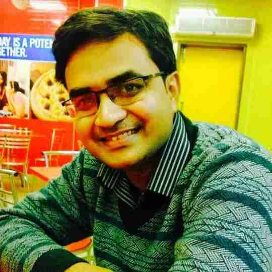 Dr. Charchit Gupta's profile on Curofy