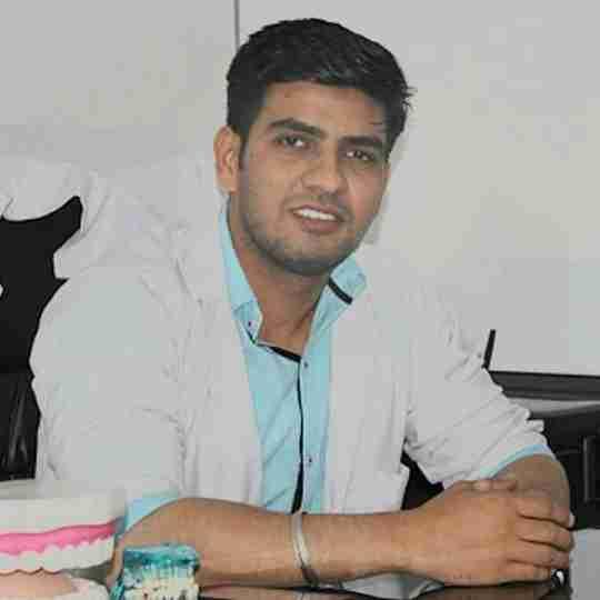 Dr. Manendra Singh's profile on Curofy