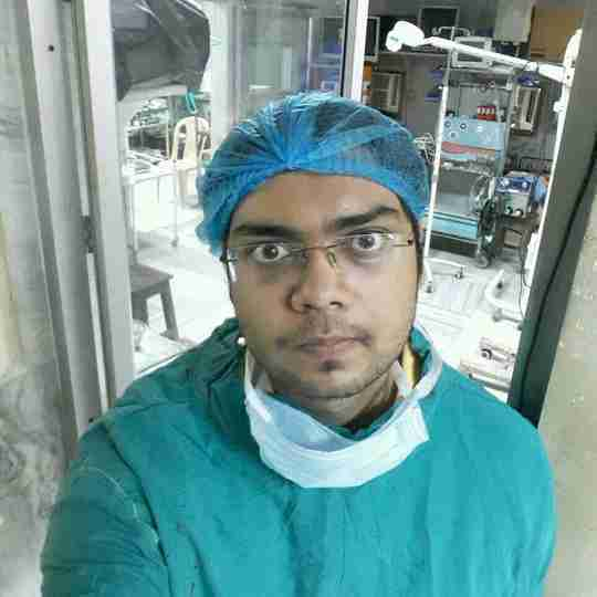 Dr. Shivaam Kesarwaani's profile on Curofy