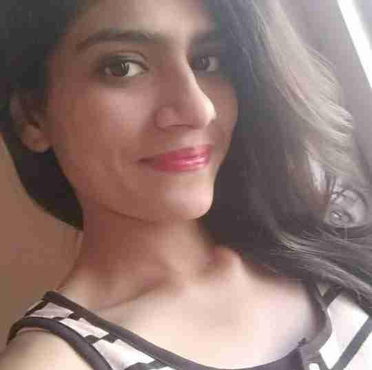 Dr. Deesha Savjiyani's profile on Curofy