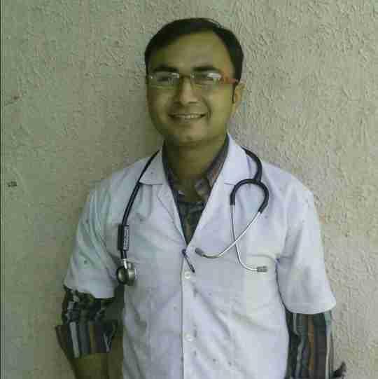 Dr. Piyush Dodiya's profile on Curofy