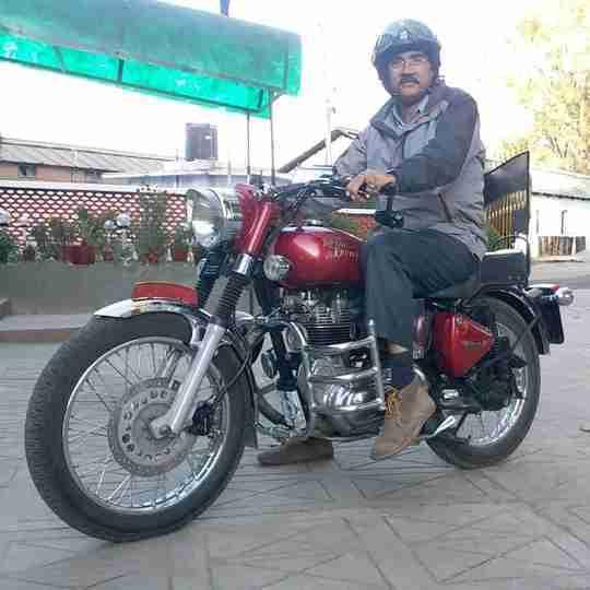 Dr. Kuldeep Singh Solanki's profile on Curofy
