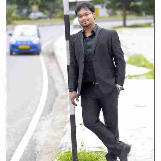 Dr. Shreyansh Parakh's profile on Curofy