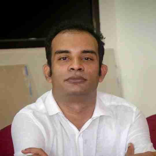 Dr. Davis Nadakkavukaran's profile on Curofy