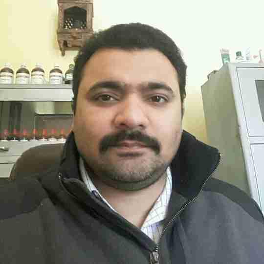Dr. Manik Batra's profile on Curofy