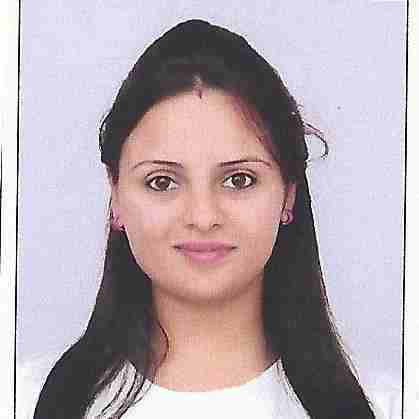 Komal Otwani's profile on Curofy