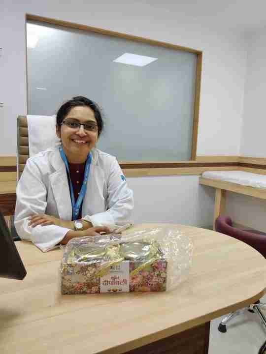 Dr. Prarthana Saxena's profile on Curofy