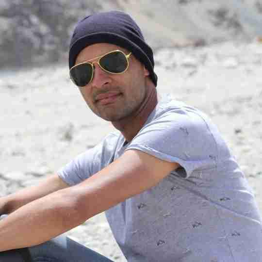 Dr. Munesh Raghuwanshi's profile on Curofy