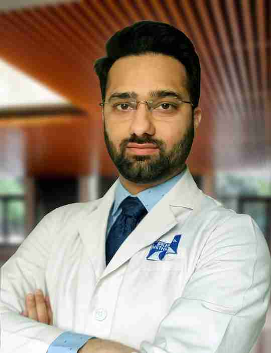 Dr. Veer Singh (S.B. Dr. Sohan Singh Eye Hospital)'s profile on Curofy