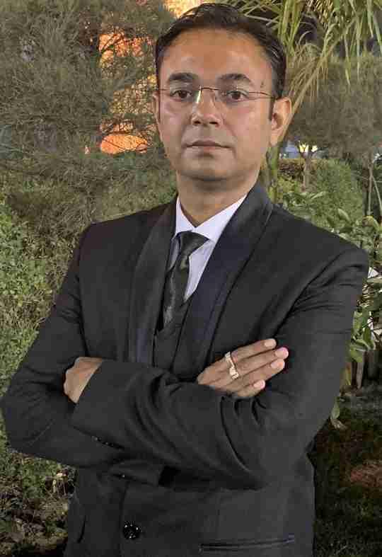 Dr. Milan Senjaliya's profile on Curofy