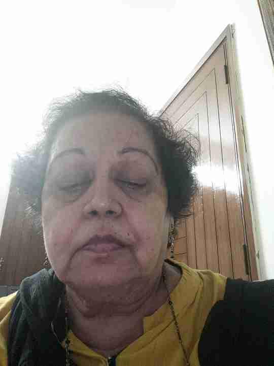 Dr. Veena Bharihoke's profile on Curofy