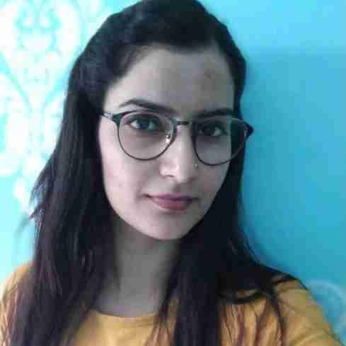 Dr. Deepa Singh's profile on Curofy