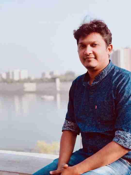 Dr. Sujeer Khan's profile on Curofy