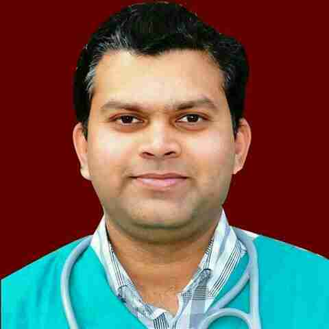 Dr. Abhishek Saxena's profile on Curofy