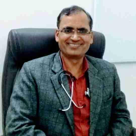 Dr. Akhilesh Tripathi's profile on Curofy