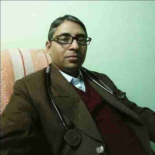 Dr. Santosh Sharma's profile on Curofy