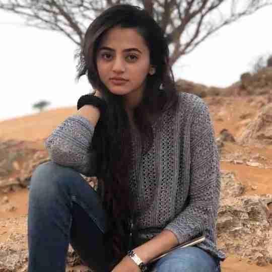Dr. Hajra Khan's profile on Curofy