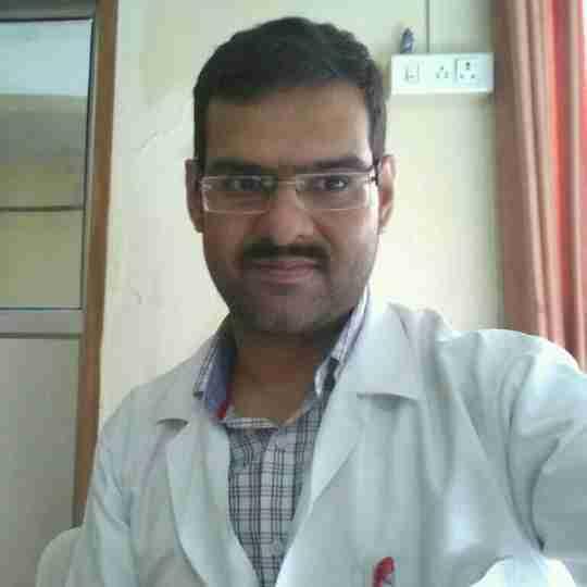 Dr. Yash Ratanpal's profile on Curofy