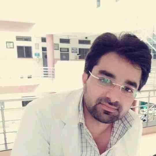 Dr. Rahul Dabas's profile on Curofy