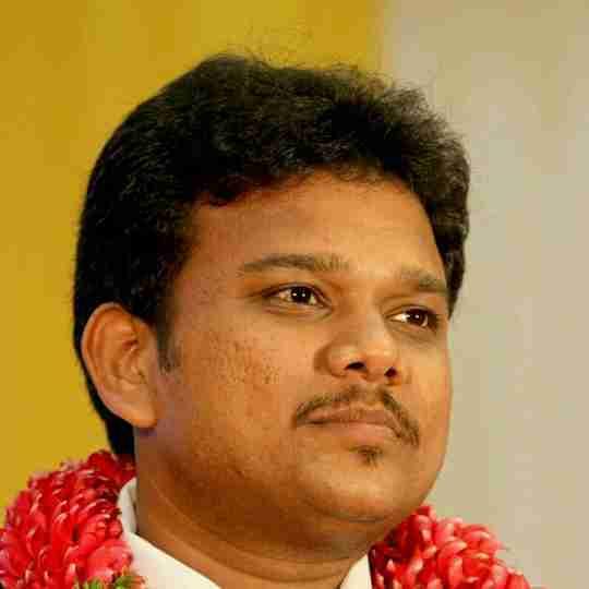 Dr. Velavan Karthik's profile on Curofy