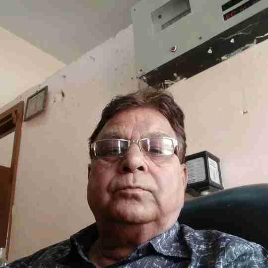 Dr. Ompraksh Ojha's profile on Curofy