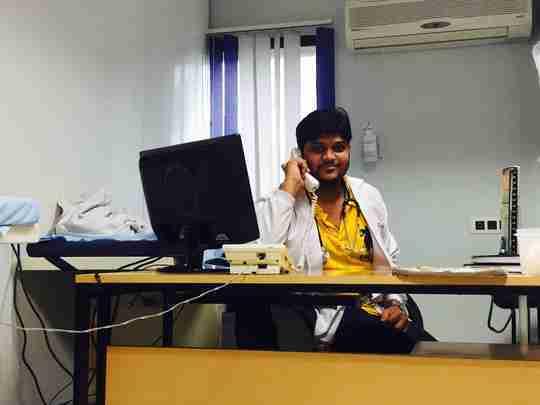Dr. Abhishek Parmar's profile on Curofy