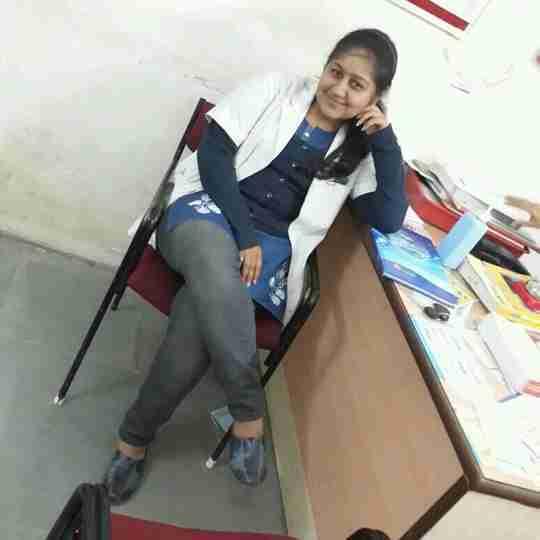 Dr. Laveena Bhama's profile on Curofy