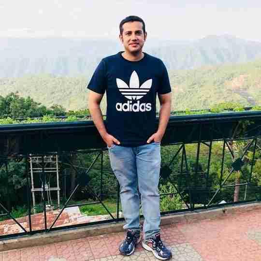 Dr. Kashish Sachdeva's profile on Curofy