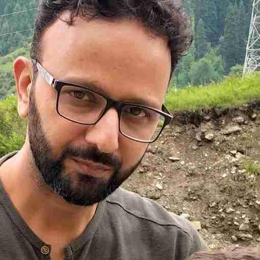 Dr. Ashfaq Bhat (Pt)'s profile on Curofy
