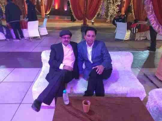 Dr. Narendra Saraswat's profile on Curofy