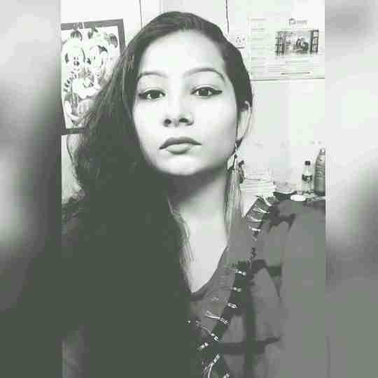 Aakanksha Singh's profile on Curofy