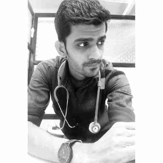 Dr. Nikhil Khairnar's profile on Curofy
