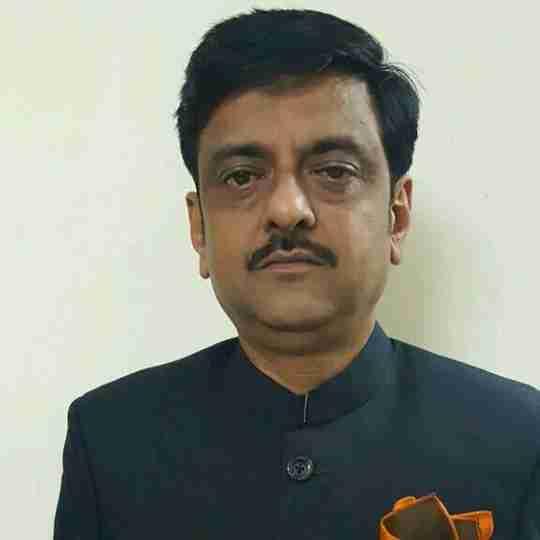 Dr. Pawan Saini's profile on Curofy