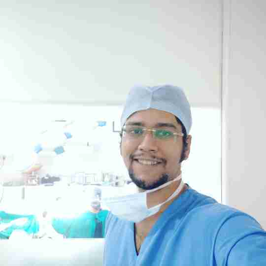 Dr. Pratik Narsikar's profile on Curofy