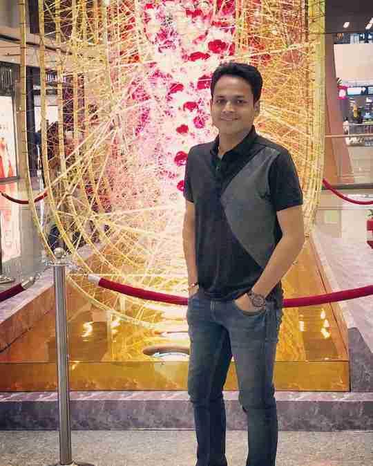 Dr. Anirudh Bansal's profile on Curofy