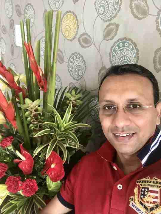 Dr. Yatish Sharma's profile on Curofy