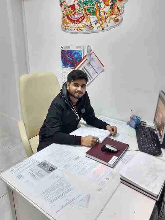 Himanshu Upadhyay's profile on Curofy