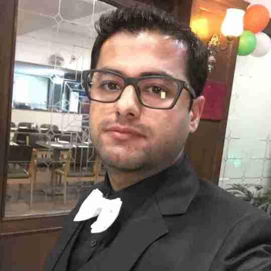 Dr. Gajinder Krishan's profile on Curofy