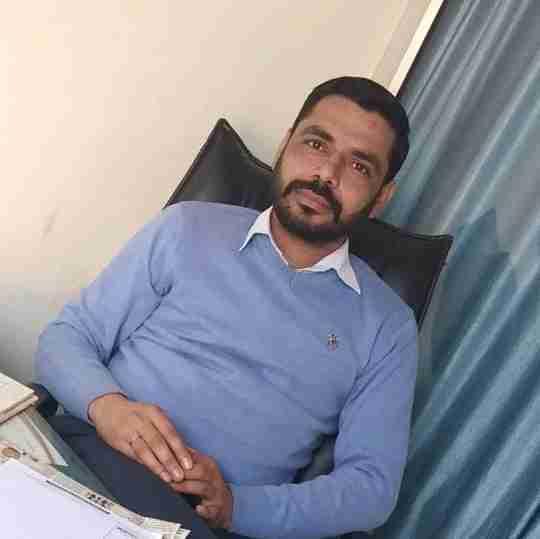 Dr. Farooq Sheena (Pt)'s profile on Curofy