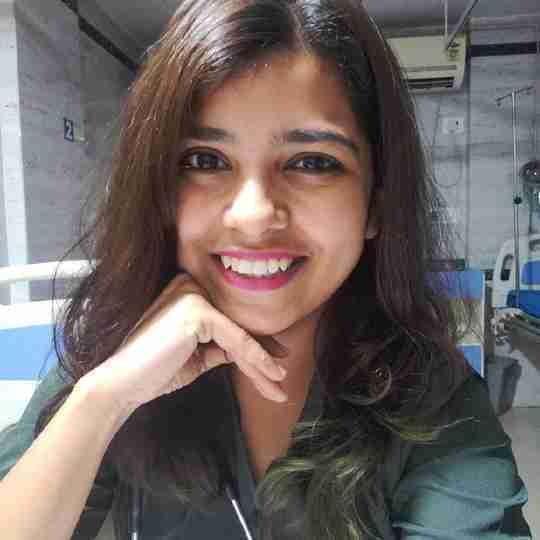 Dr. Hemangi Pethkar's profile on Curofy